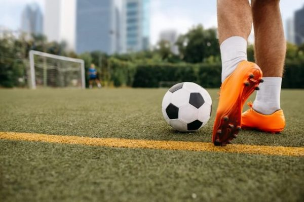 voetbalschoenen, sokken en keepershandschoenen